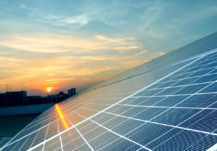 مشروع الطاقة الشمسية - الأزرق